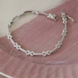 Cubic Zirconia Kisses Bracelet with Personalised Gift Box